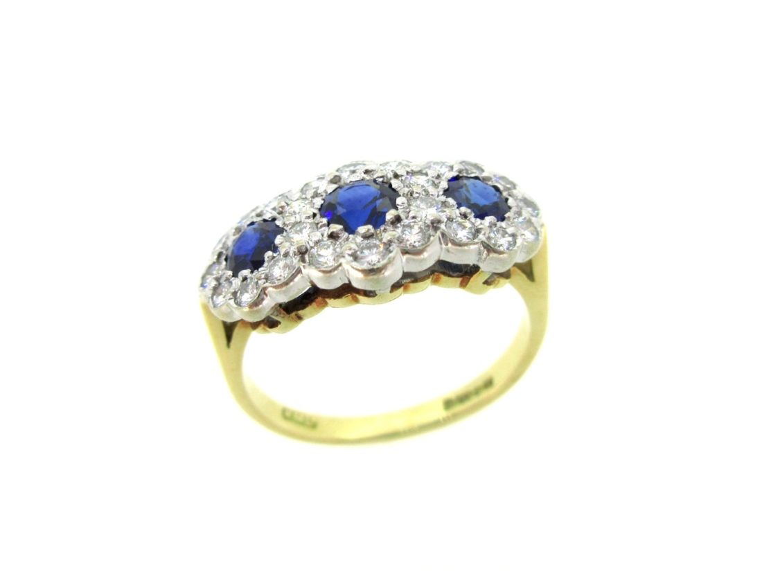 Pre Owned Vintage Emerald Daisy Ring