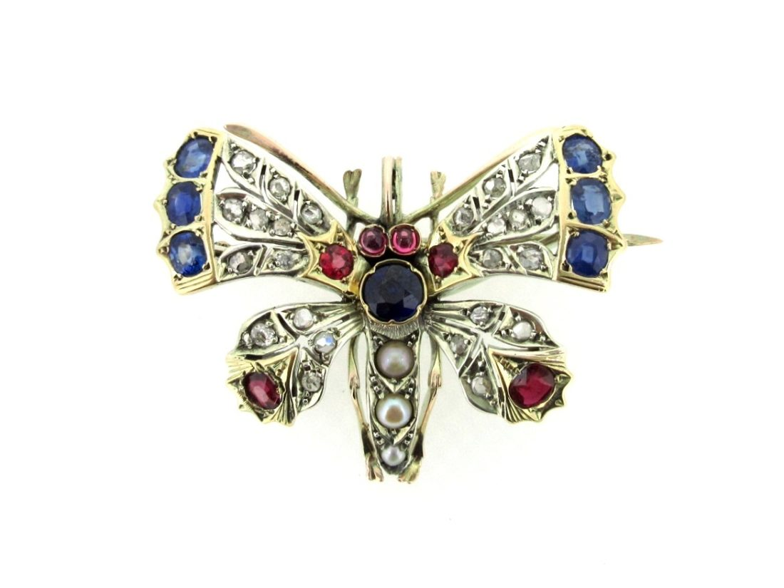 Vintage jewellery brooch