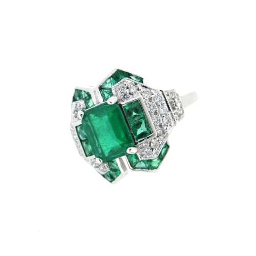 Art Deco Style Emerald & Diamond Ring
