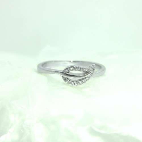 Silver & Cubic Zirconia leaf Ring