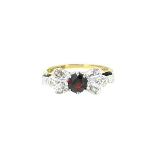 Vintage Garnet & Diamond Ring