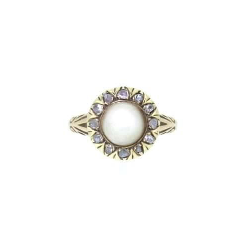 Antique Diamond & Pearl Ring