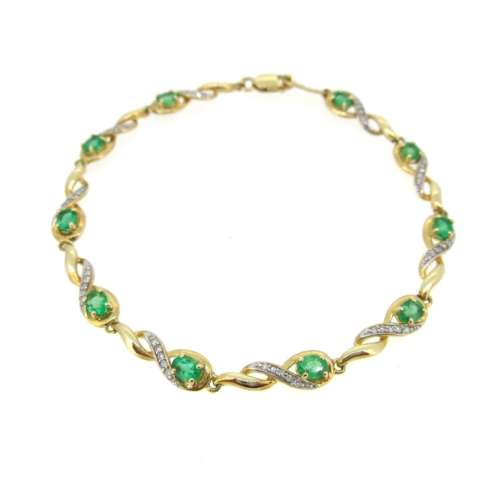 Emerald & Diamond Gold Braclet